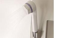 シャワーヘッド型浄水器浴室用